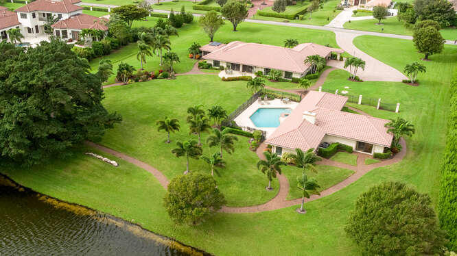 Home for sale in LEXINGTON I OF SHERBROOKE Lake Worth Florida