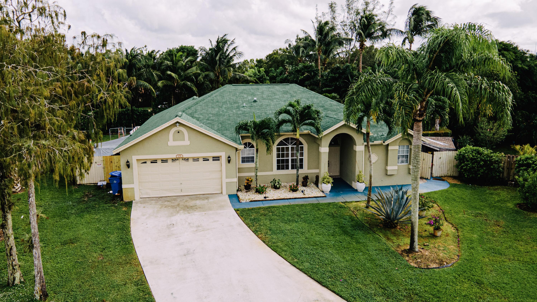 132 Nottingham Rd Road Royal Palm Beach, FL 33411
