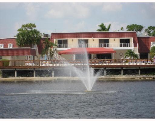 610 Laconia Circle Lake Worth, FL 33467 photo 26
