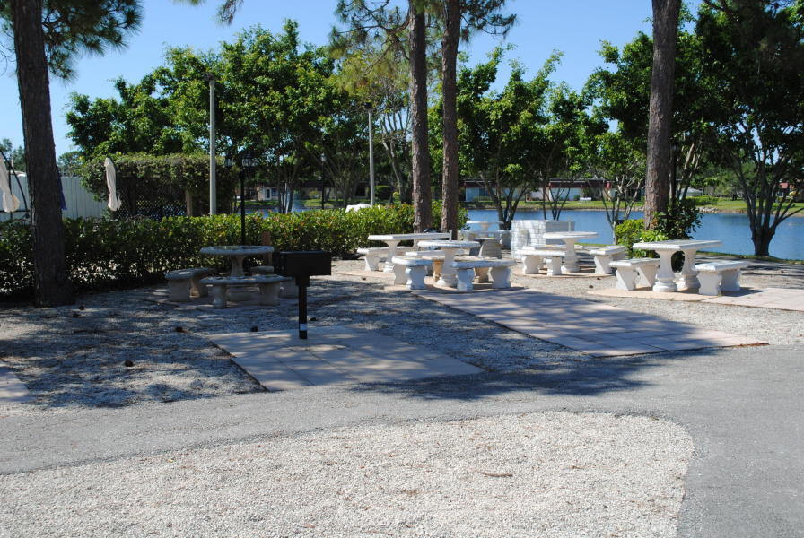 610 Laconia Circle Lake Worth, FL 33467 photo 27