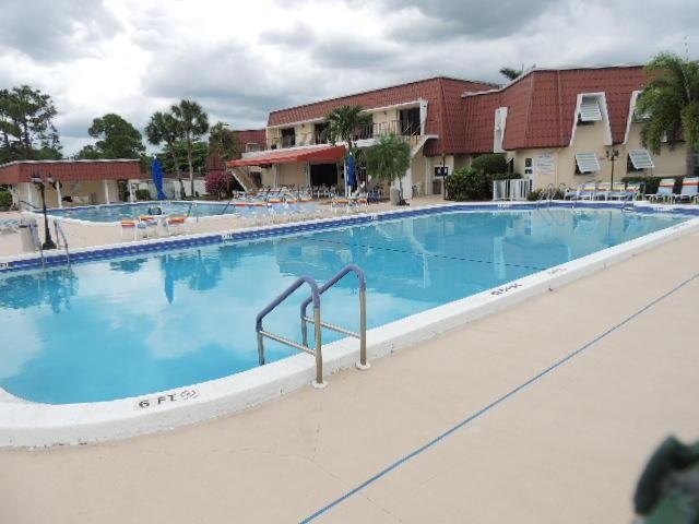 610 Laconia Circle Lake Worth, FL 33467 photo 32