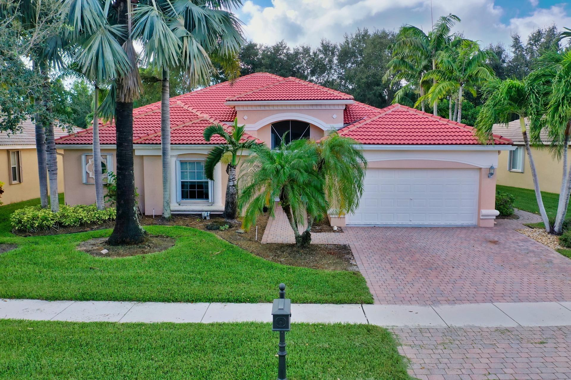 Home for sale in Bellaggio / Towne Park Lake Worth Florida