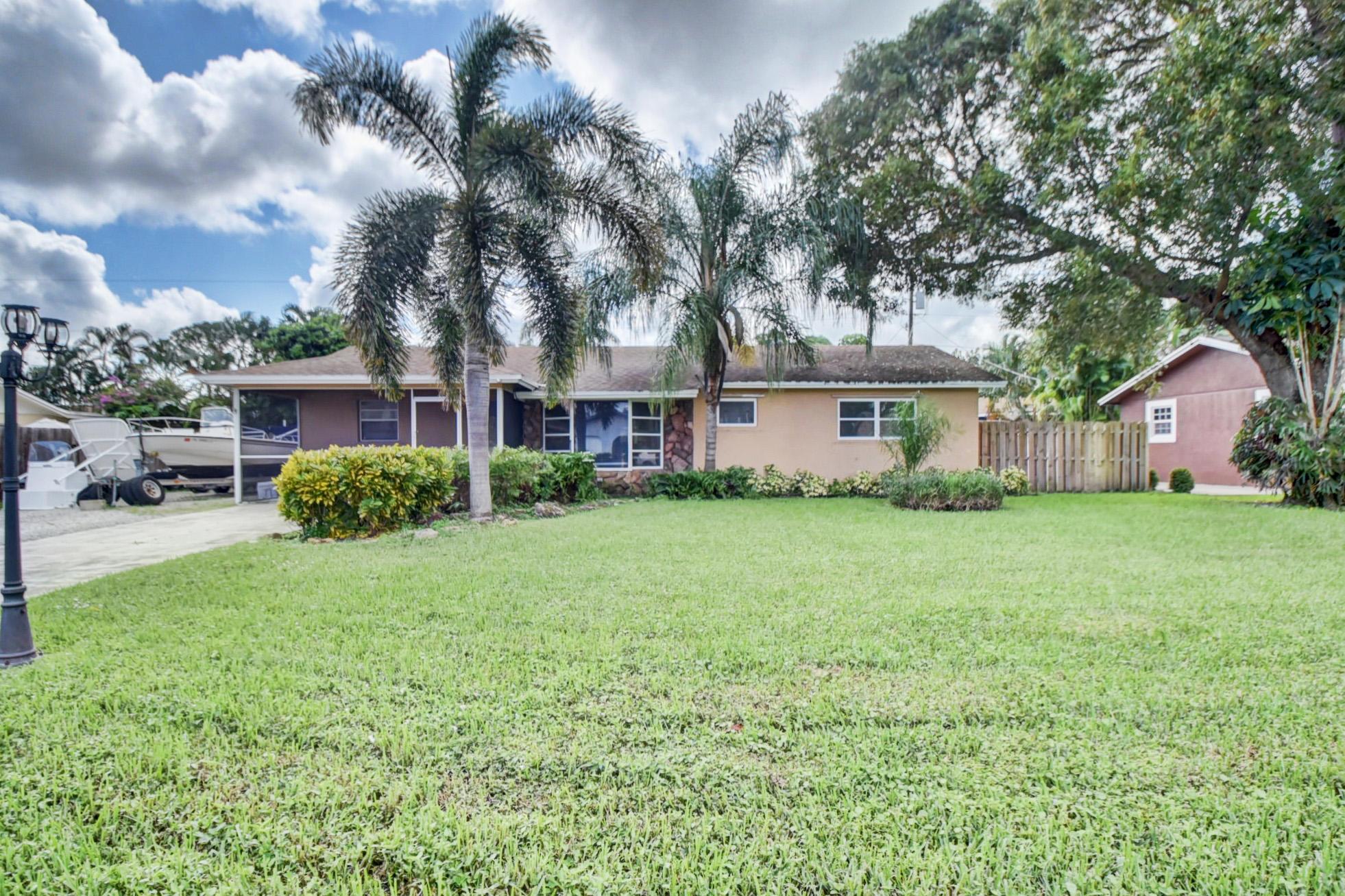 Home for sale in WEST BOYNTON 2C Boynton Beach Florida
