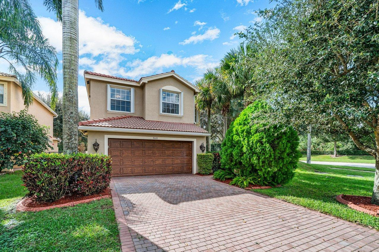 7672 Topiary Avenue Boynton Beach, FL 33437