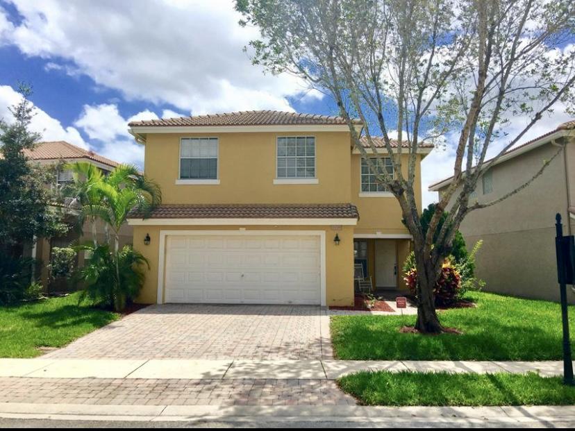 3350 Turtle Cove West Palm Beach, FL 33411