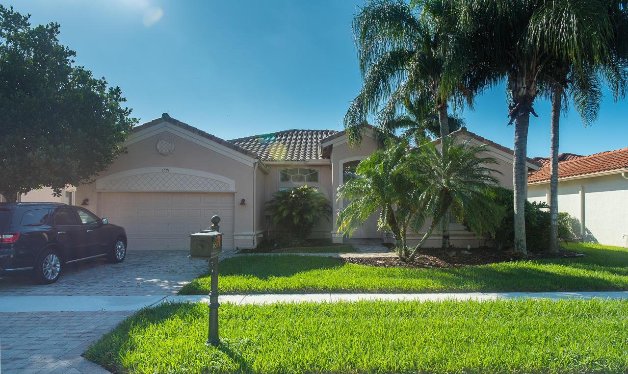 6591 Boticelli Drive Lake Worth, FL 33467