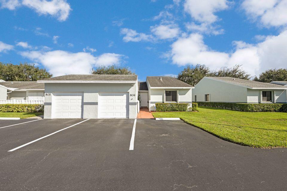 2640 W Gately Drive 806 West Palm Beach, FL 33415 photo 23