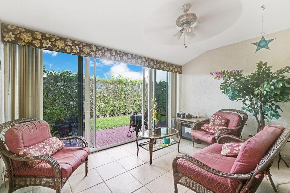 2640 W Gately Drive 806 West Palm Beach, FL 33415 photo 5