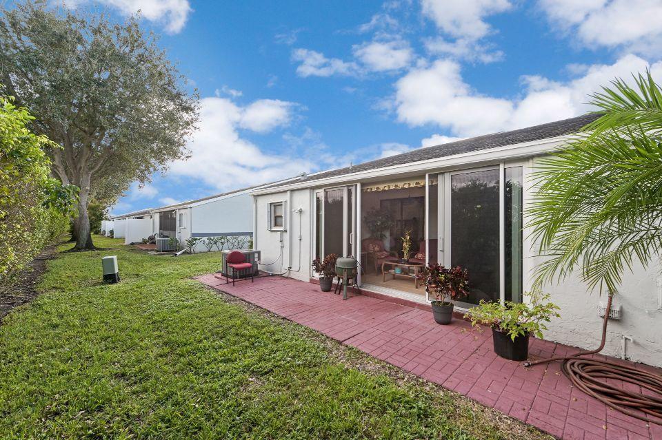 2640 W Gately Drive 806 West Palm Beach, FL 33415 photo 18