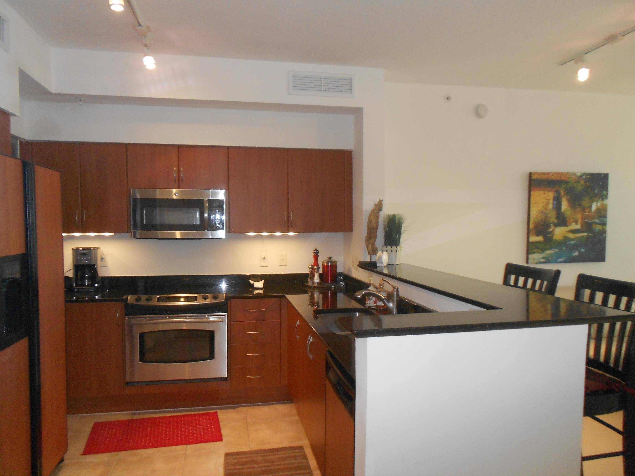 806 Windward Way, Lantana, Florida 33462, 2 Bedrooms Bedrooms, ,2 BathroomsBathrooms,Rental,For Sale,Windward,RX-10672972