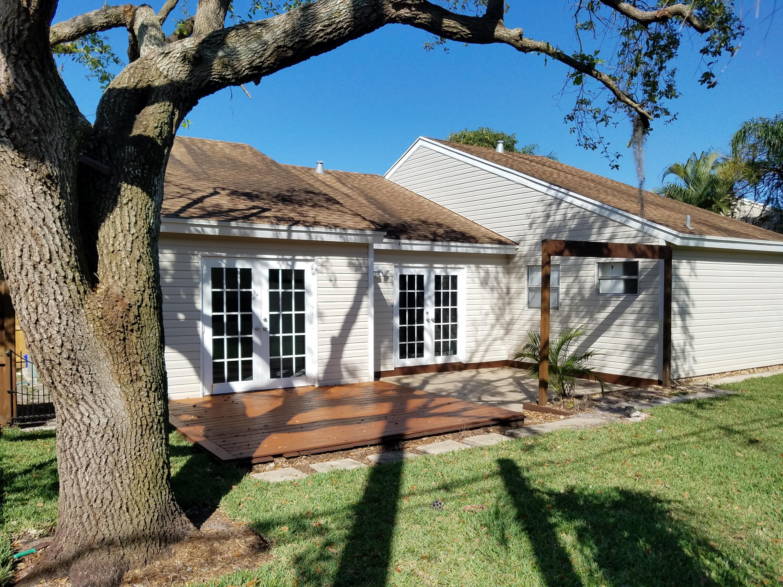 7750 Blairwood Circle  Lake Worth FL 33467