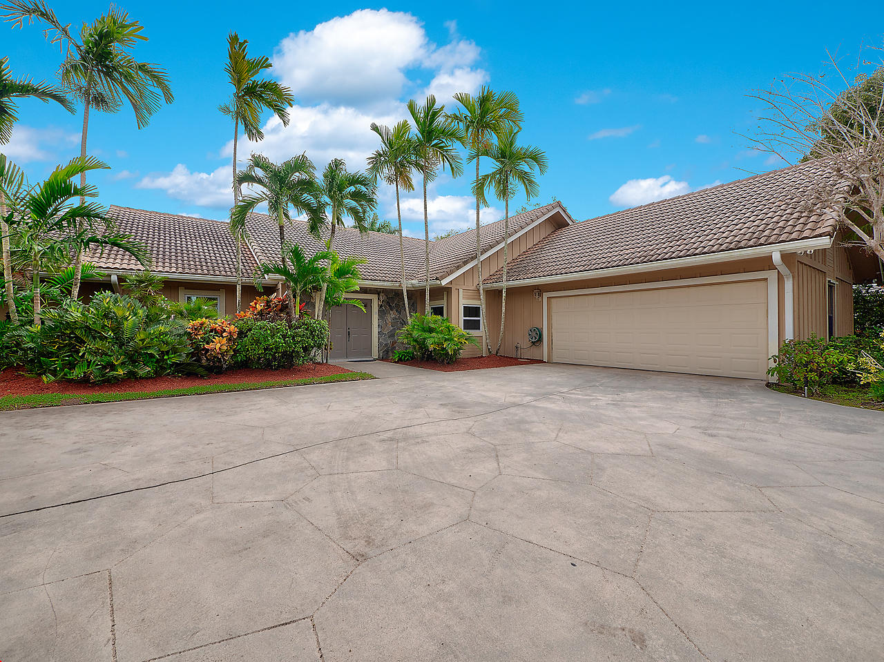 Photo of 5 River Chase Ter Terrace, Palm Beach Gardens, FL 33418