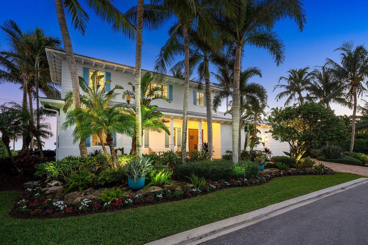 Home for sale in HARBOR ESTATES Boynton Beach Florida