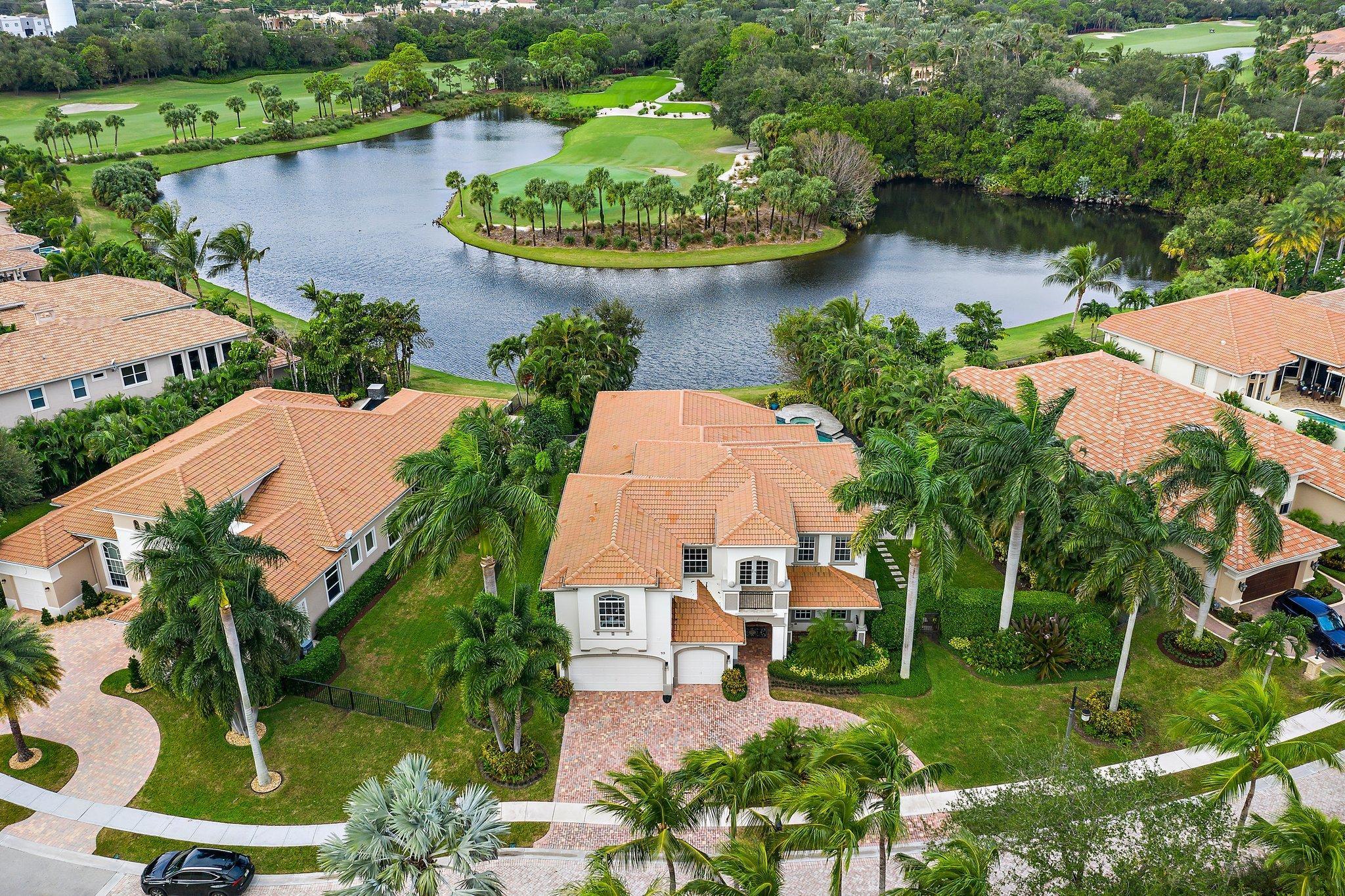 713 Cote Azur Palm Beach Gardens FL 33410