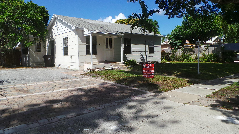 817 Winters Street West Palm Beach, FL 33405 photo 2