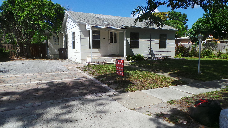 817 Winters Street West Palm Beach, FL 33405 photo 3