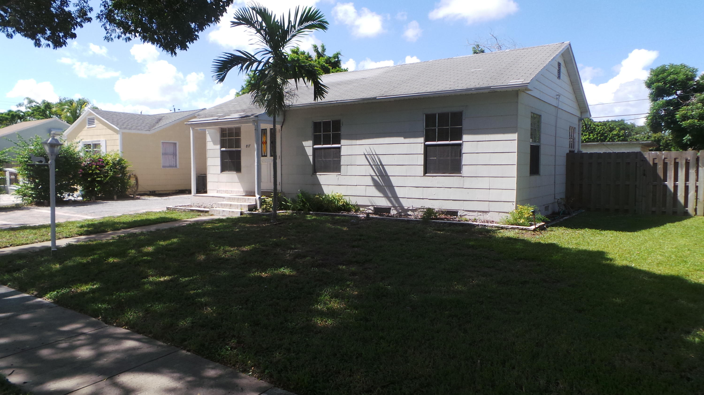 817 Winters Street West Palm Beach, FL 33405 photo 4
