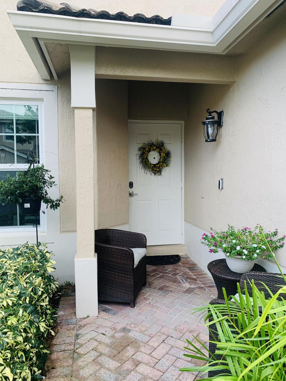6437 Park Lake Circle Boynton Beach, FL 33437