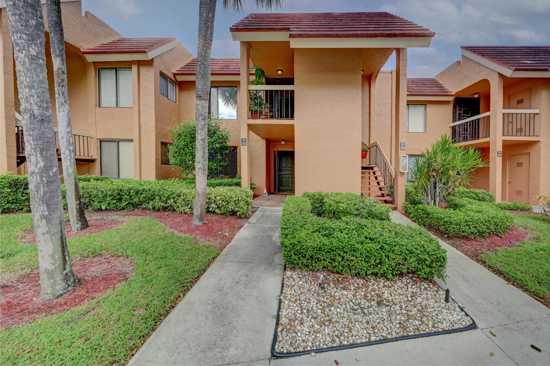 11280 Green Lake Drive 202 Boynton Beach, FL 33437 photo 3