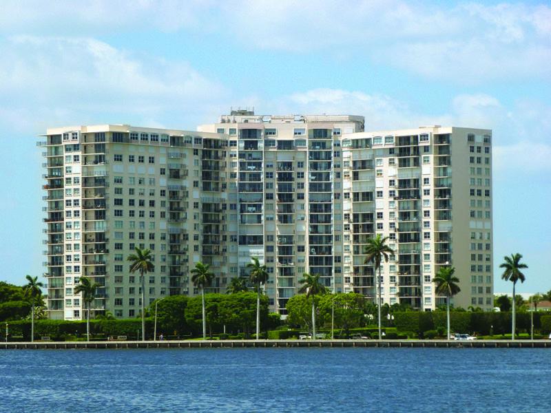 1801 S Flagler Drive 302 West Palm Beach, FL 33401 photo 2