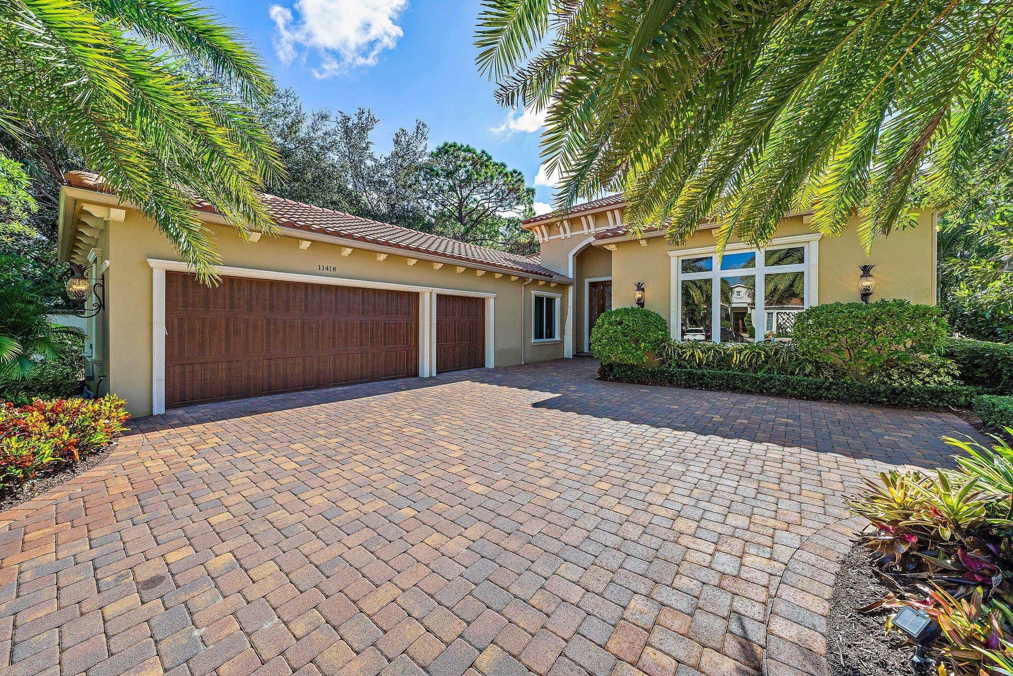 11418 Pink Oleander Lane, Palm Beach Gardens, Florida 33418, 3 Bedrooms Bedrooms, ,3.1 BathroomsBathrooms,A,Single family,Pink Oleander,RX-10674019