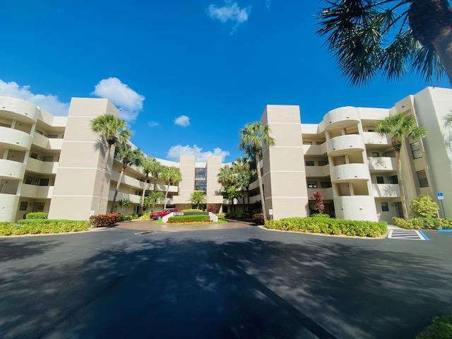 5700 Camino Del Sol 107 Boca Raton, FL 33433 photo 2