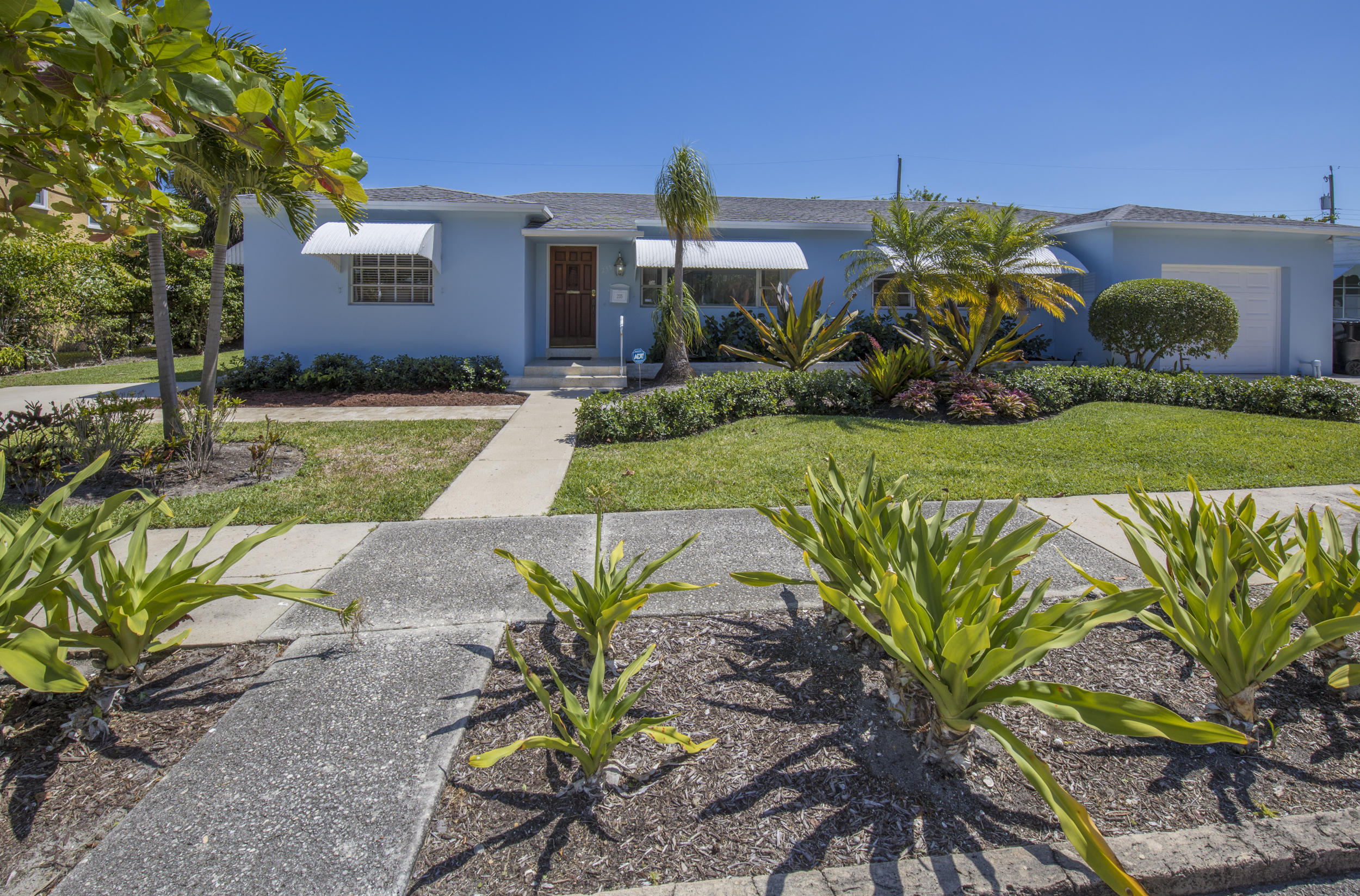 Home for sale in College Park Lake Worth Beach Florida