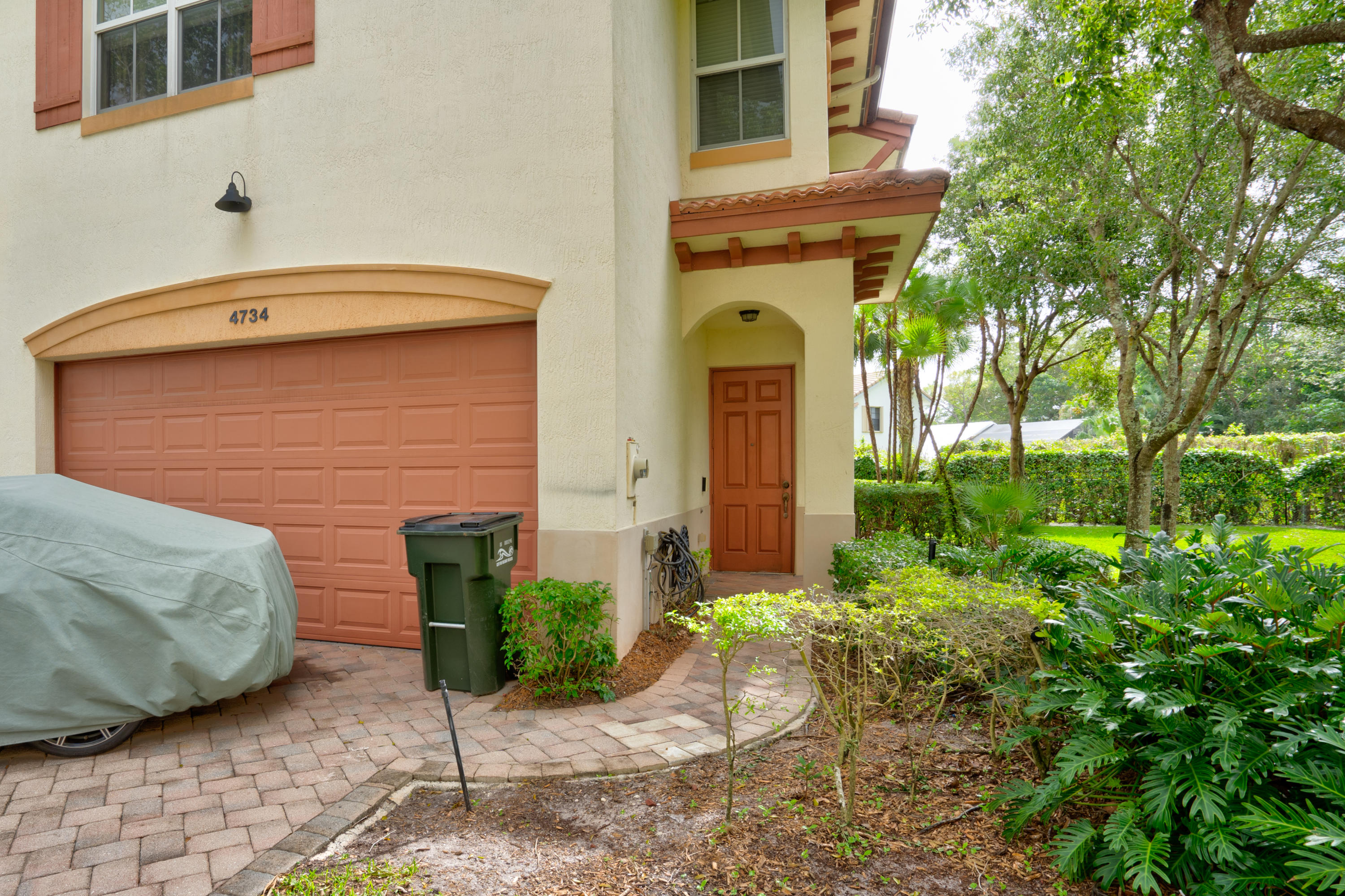 Home for sale in COLONY PALMS Delray Beach Florida