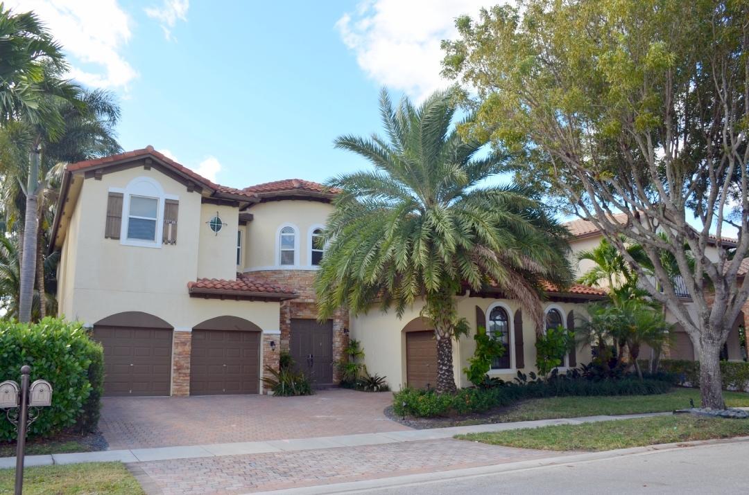 Home for sale in Artesa Jonathans Creek Boynton Beach Florida