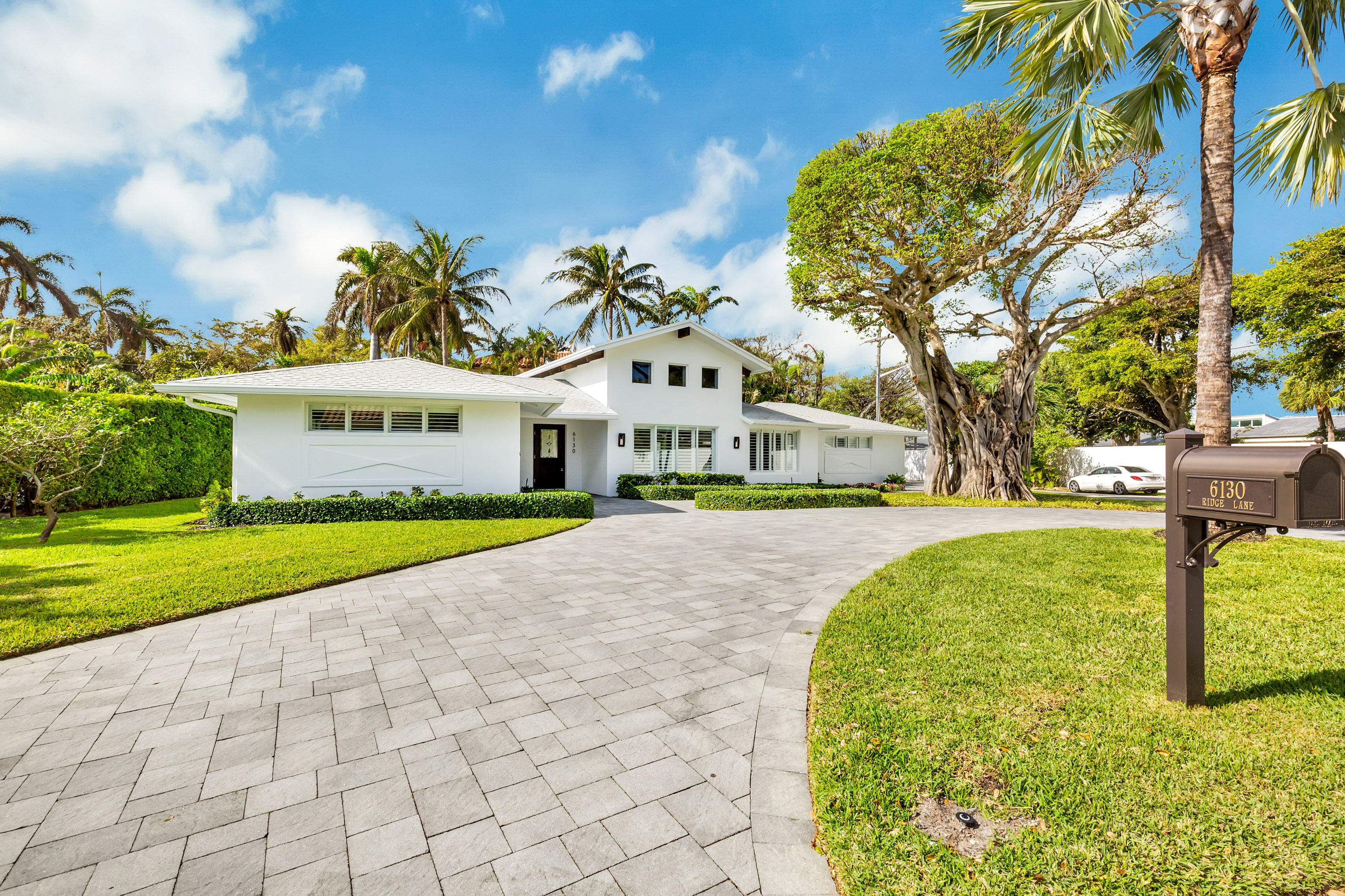 6130 Ridge Lane, Ocean Ridge, Florida 33435, 3 Bedrooms Bedrooms, ,2 BathroomsBathrooms,Single Family Detached,For Sale,Ridge,RX-10676537