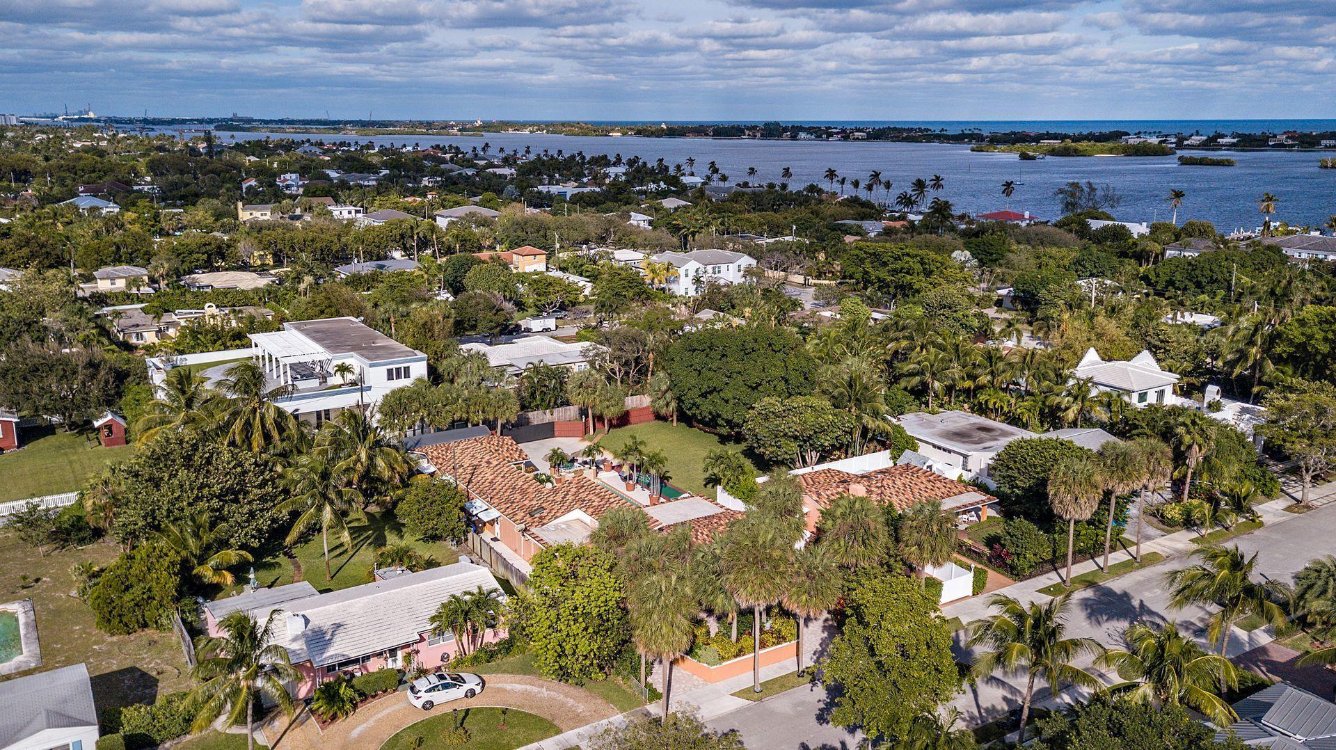 223 Summa Street West Palm Beach, FL 33405