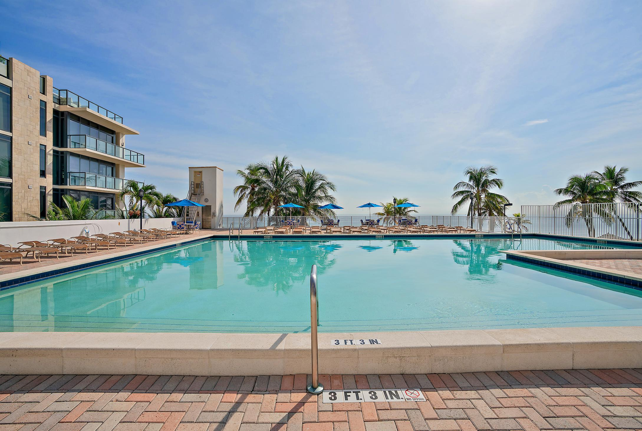 2201 S Ocean Drive 203 Hollywood, FL 33019