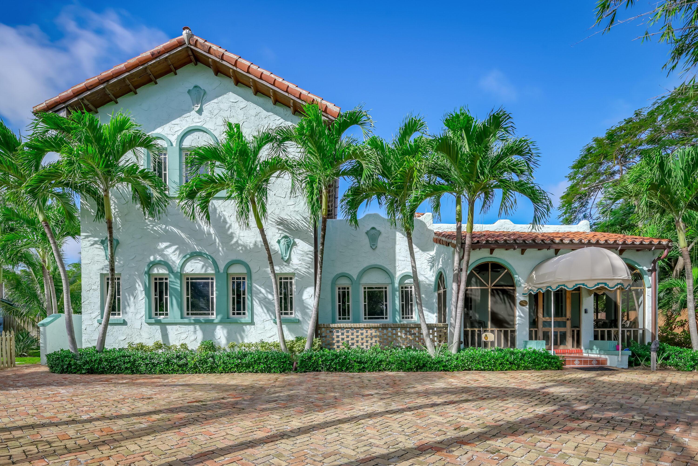 226 Swinton Avenue, Delray Beach, Florida 33444, 4 Bedrooms Bedrooms, ,4.1 BathroomsBathrooms,Single Family Detached,For Sale,Swinton,RX-10676773