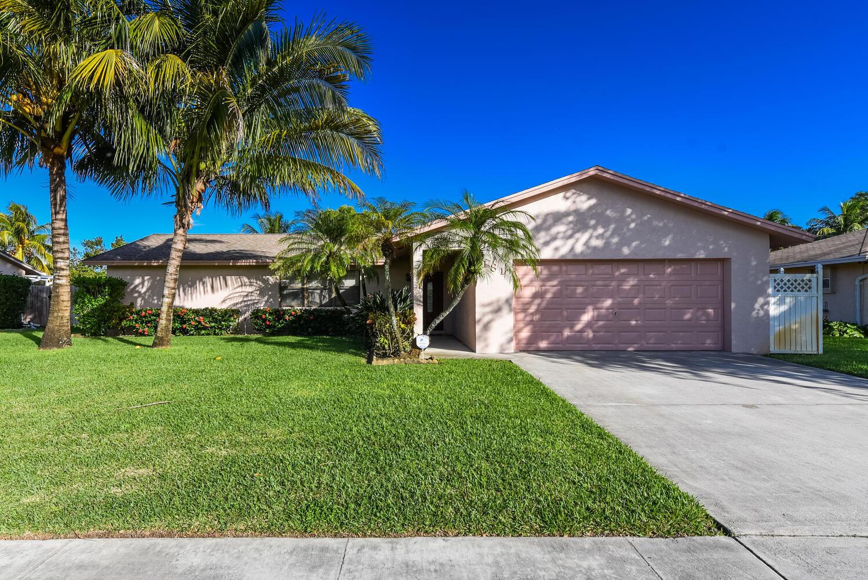 181 Bobwhite Road Royal Palm Beach, FL 33411