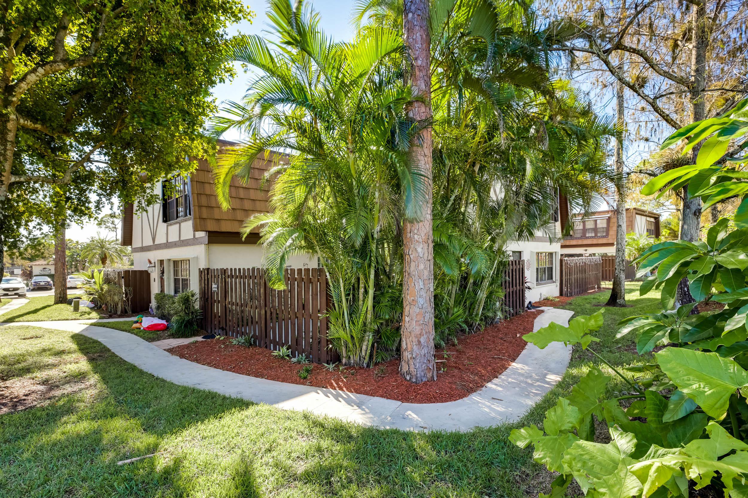 Home for sale in WEYBRIDGE TOWNHOMES PH II Royal Palm Beach Florida