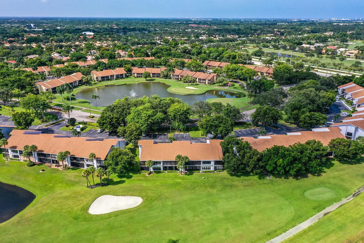 5120 Golfview Court 1711  Delray Beach, FL 33484