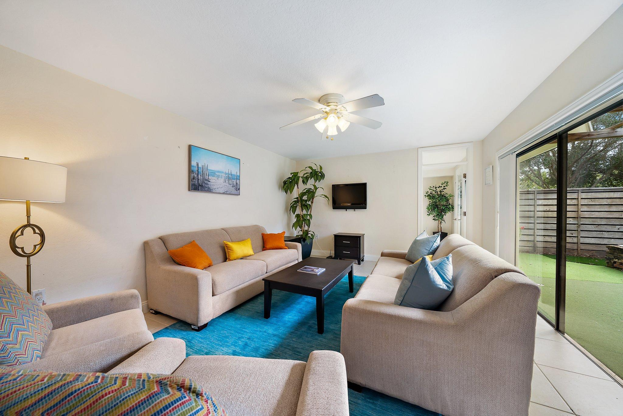 708 7th Terrace, Palm Beach Gardens, Florida 33418, 2 Bedrooms Bedrooms, ,2.1 BathroomsBathrooms,F,Townhouse,7th,RX-10677528