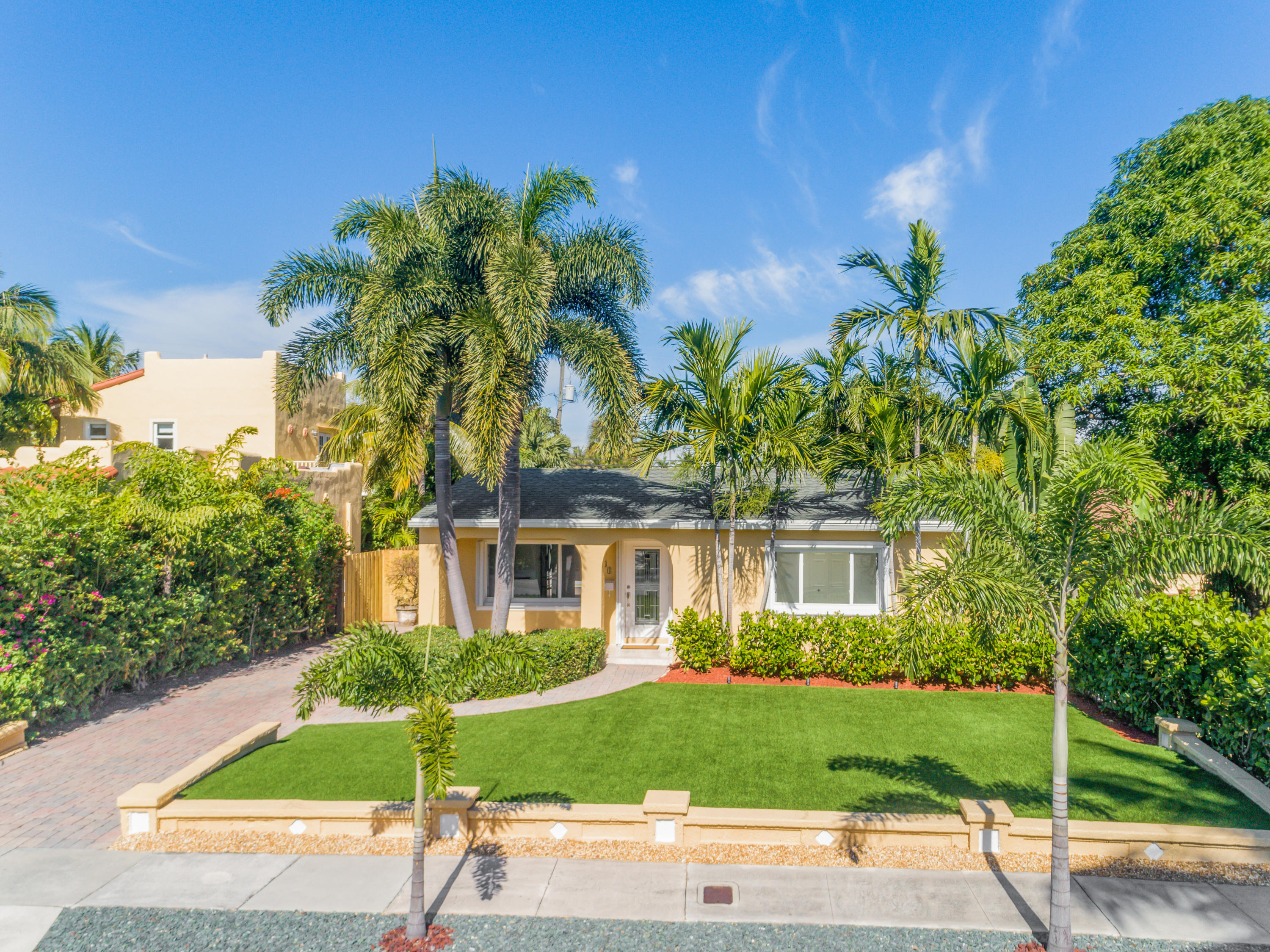 Home for sale in BELAIR WPB SOSO West Palm Beach Florida