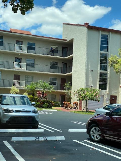 Home for sale in Villages Of Oriole Abbey Condo Delray Beach Florida