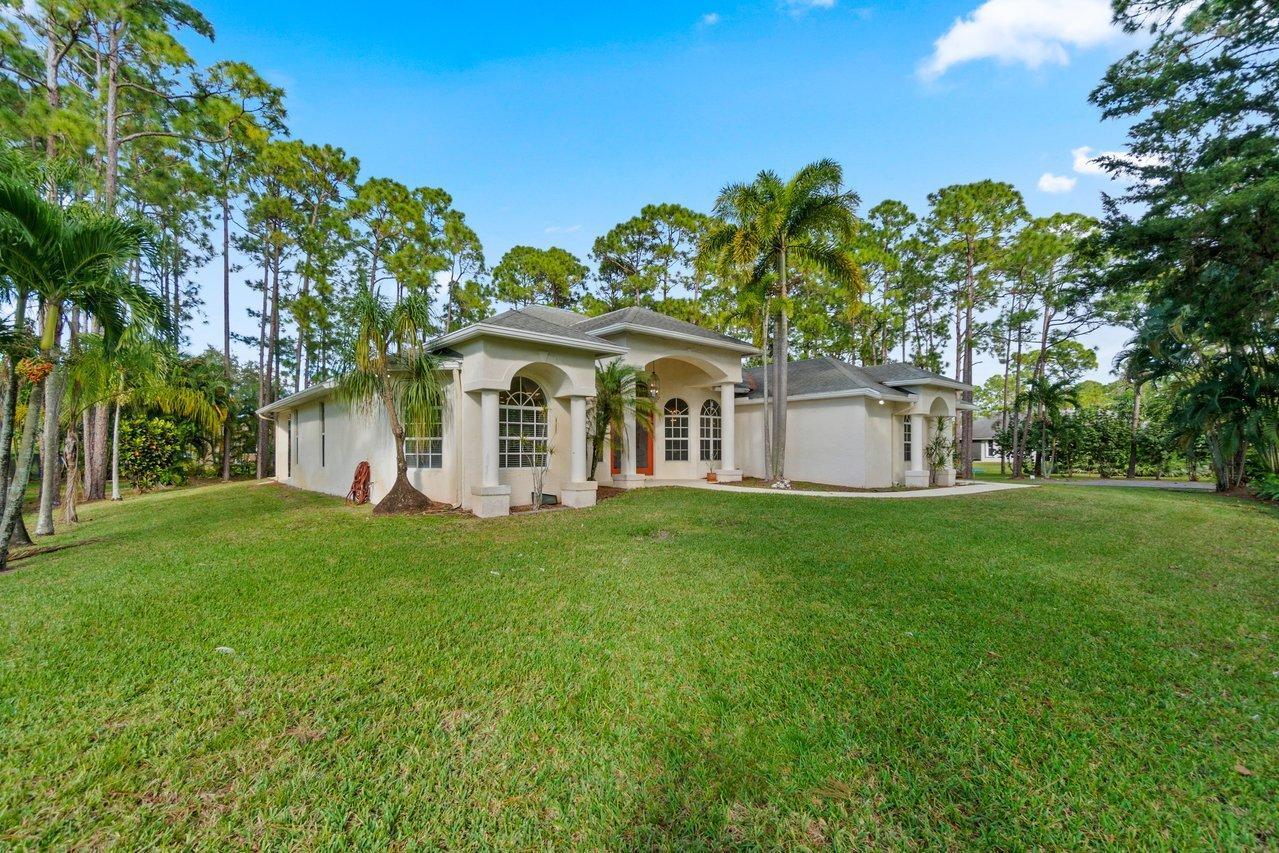 13887 83rd Lane The Acreage, FL 33470