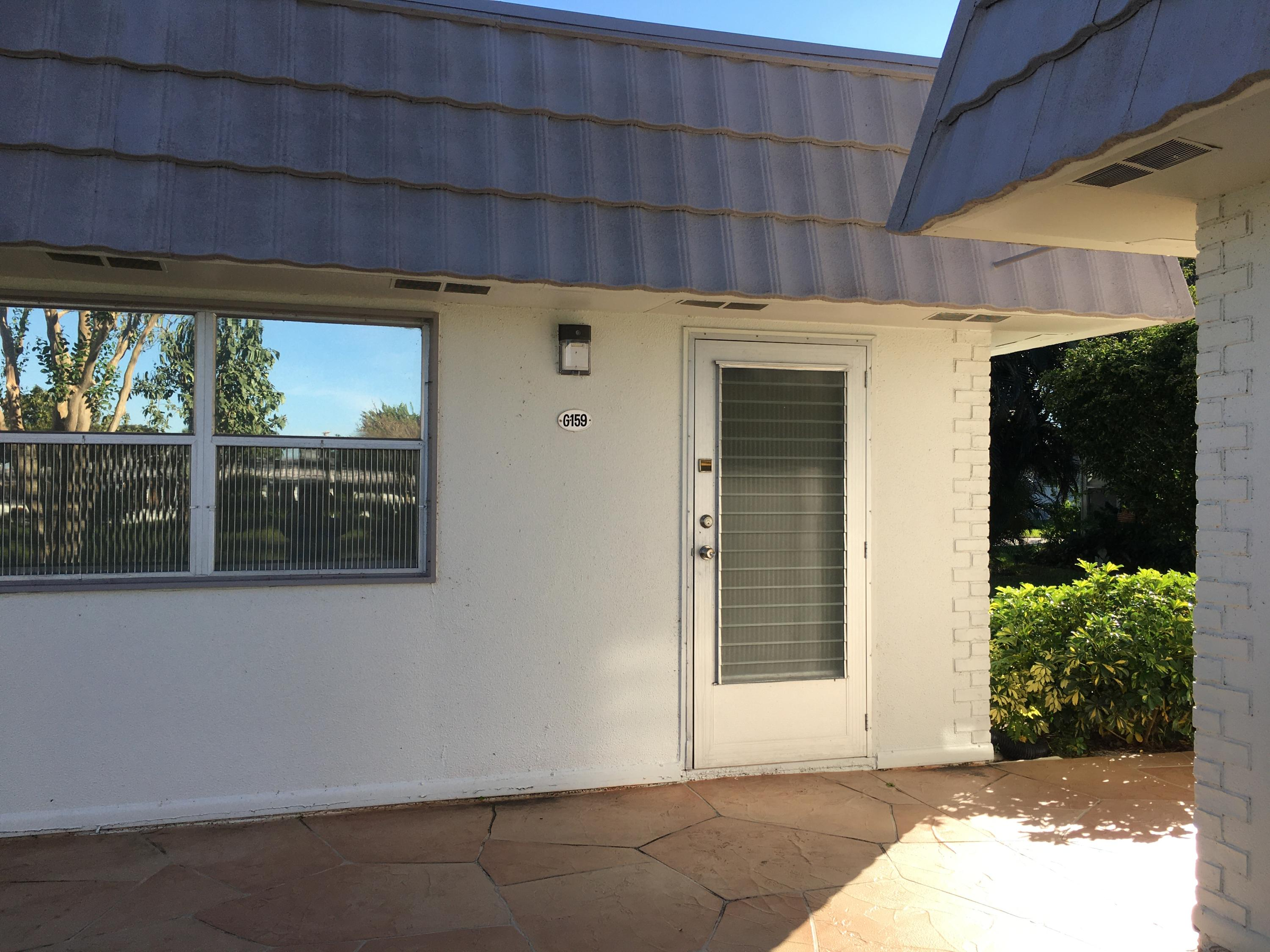 Home for sale in Kings Point Golf & Country Club (delray) Delray Beach Florida