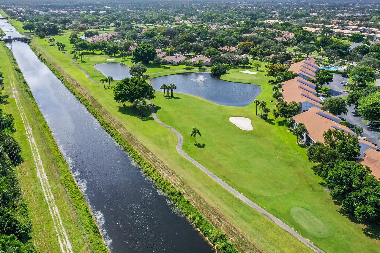 5054 Golfview Court 1513  Delray Beach, FL 33484