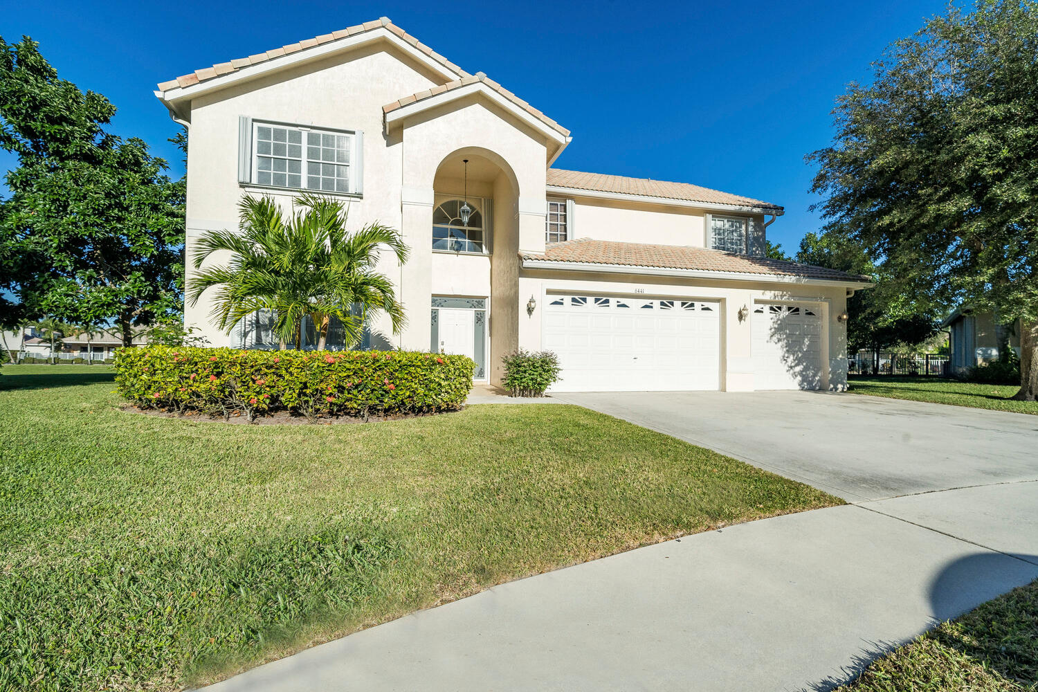 Home for sale in Catalina On The Green Lake Worth Florida