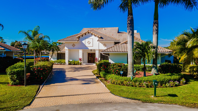 Photo of 10 Surrey Road, Palm Beach Gardens, FL 33418