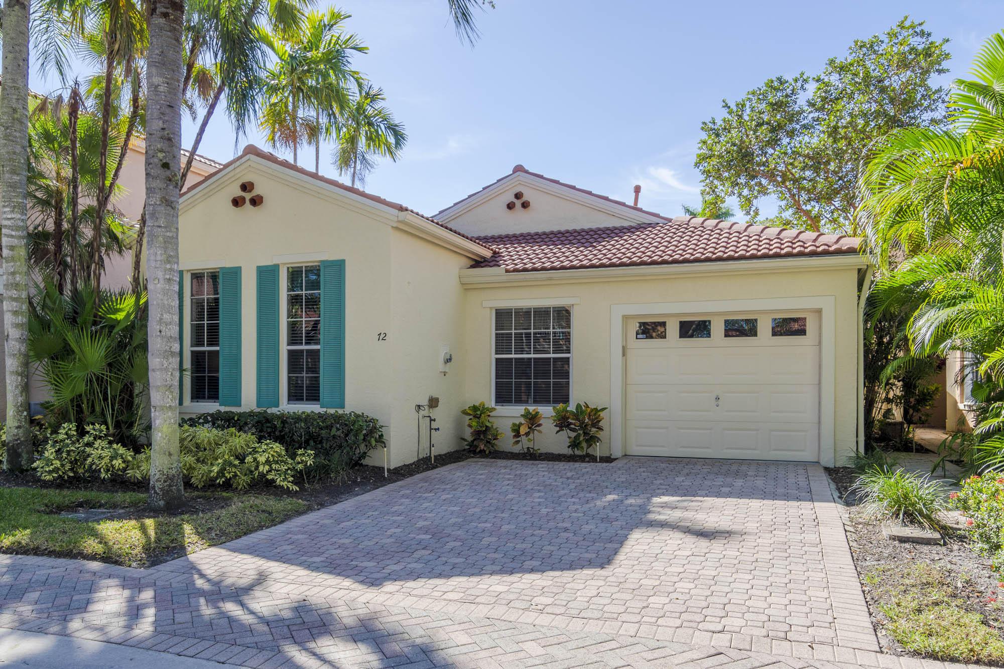 72 Via Verona Palm Beach Gardens, FL 33418