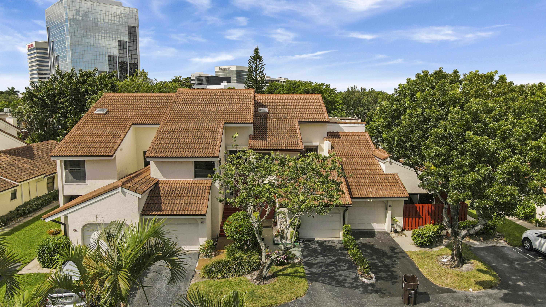 Home for sale in VISTA DEL LAGO CONDO West Palm Beach Florida