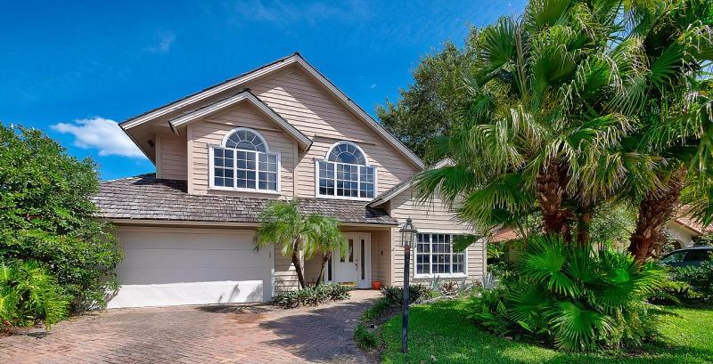 Home for sale in Frenchmens Landing Palm Beach Gardens Florida