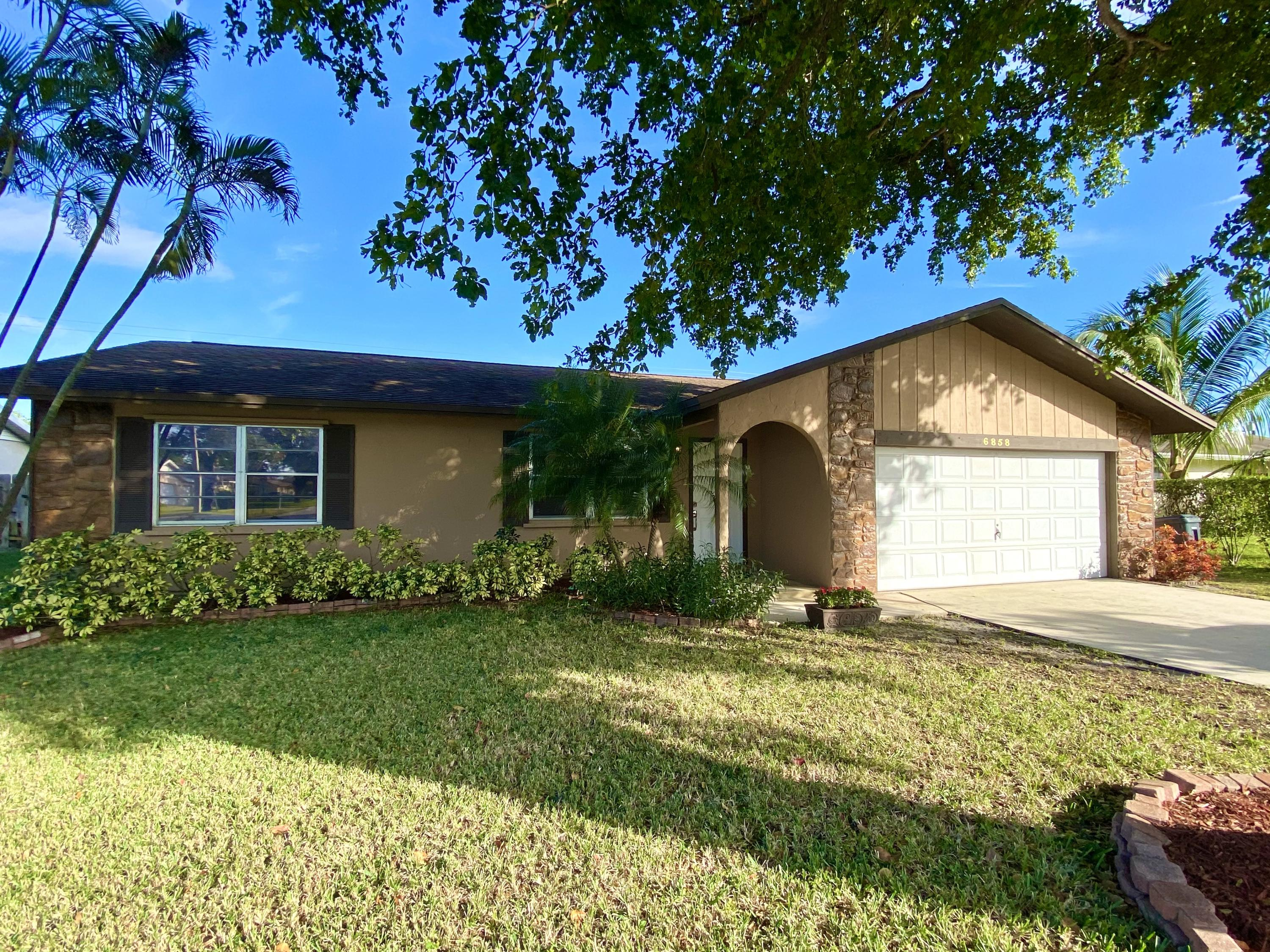 6858 S Congress Avenue Lake Worth, FL 33462