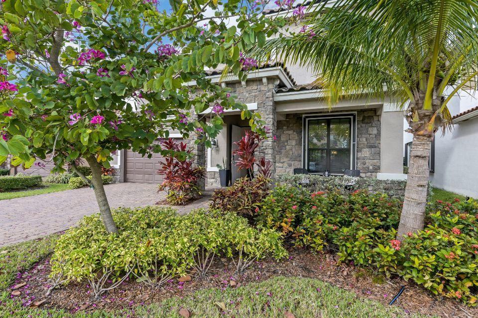 9007 Gulf Cove Drive Lake Worth, FL 33467 photo 2