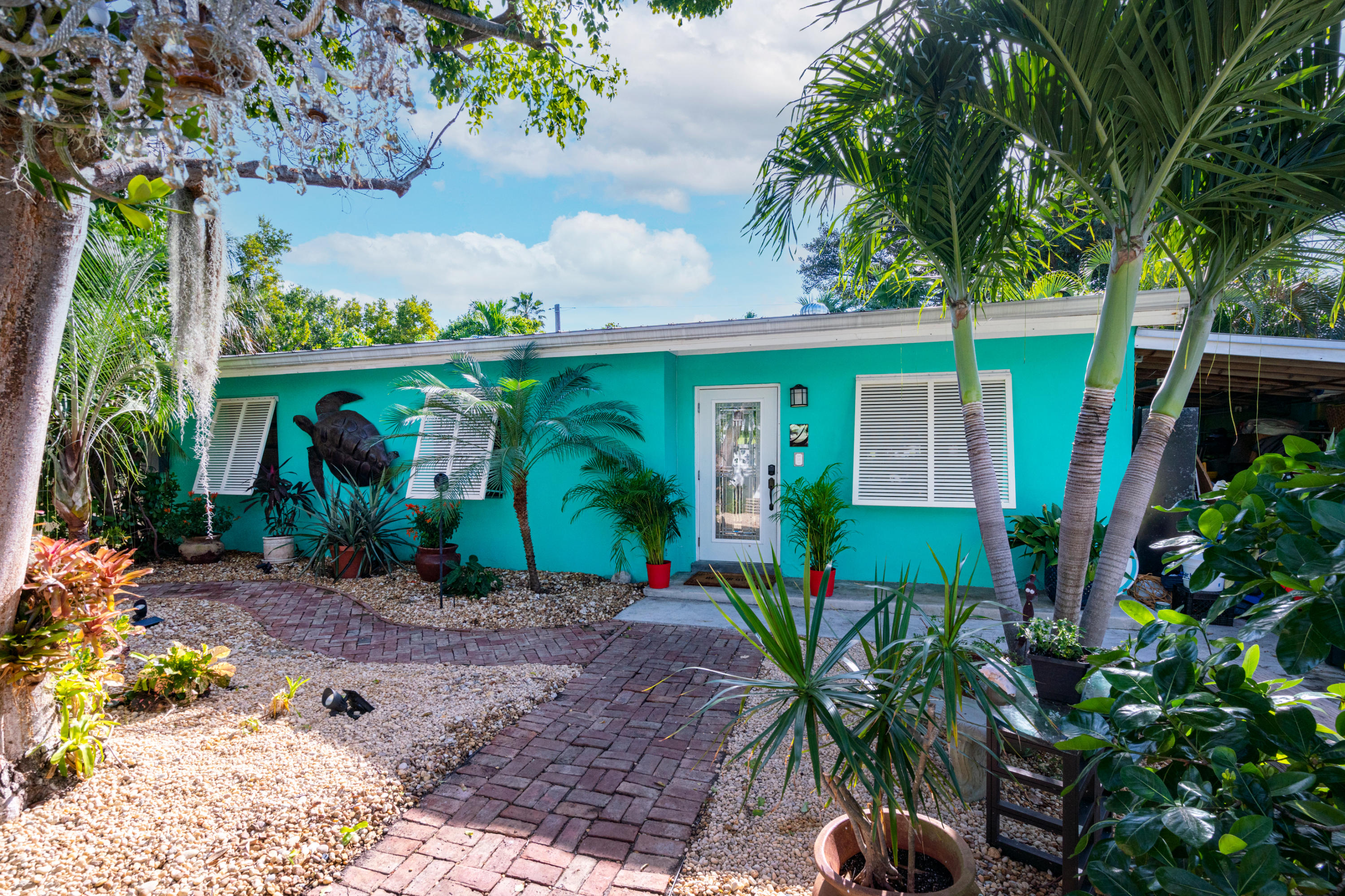 Home for sale in RESUB SQRS 17, 18, 19, 20 & PTS OF SQRS 21 & 23 MONROE INVESTMENT CO Key West Florida